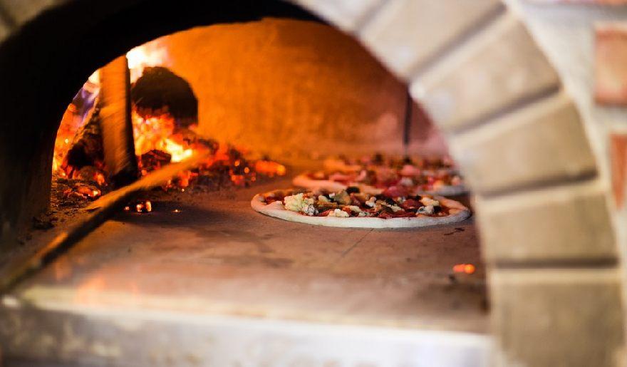 Restaurant Pizzeria Trattoria Ciao Ciao mit leckeren Essen wie Pizza oder Pasta in Hannover.